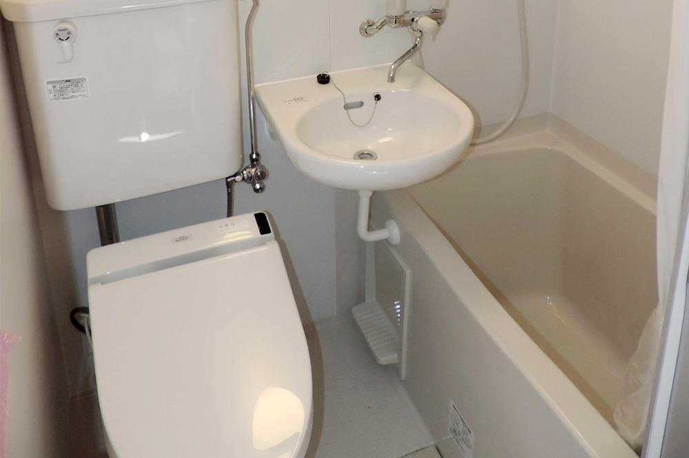 ウォシュレット付トイレとお風呂